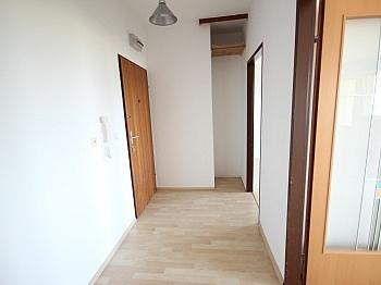 Esszimmer vermietet Mietdauer - Schöne 2 Zi - Wohnung in Viktring