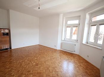 Mietwohnung Wohnzimmer möblierte - 74m² Mietwohnung in einer Villa, Gartenbenützung