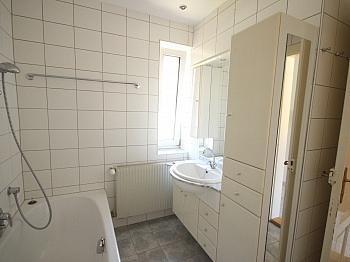 Stock inkl zzgl - 74m² Mietwohnung in einer Villa, Gartenbenützung