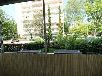Vollwärmeschutz Einkaufsmärkte Bushaltestellen -  3 - Zi-Wohnung in Waidmannsdorf