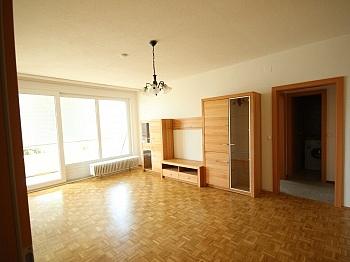 Fliesenböden Kindergärten ausgerichtet - Schöne 2,5 Zimmer - Wohnung in Waidmannsdorf