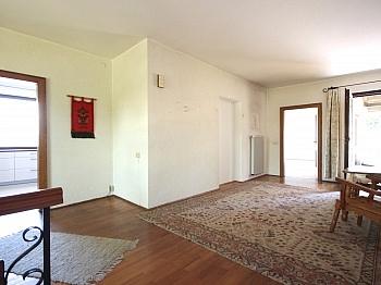 Lagerraum Fernblick Esszimmer - Großzügiges Wohnhaus in Aussichtslage/Viktring