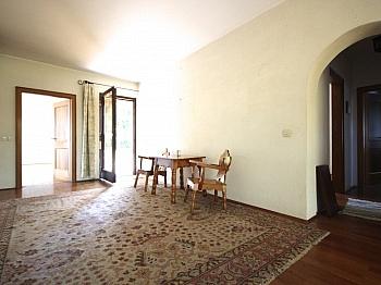 teilweise Fernblick Esszimmer - Großzügiges Wohnhaus in Aussichtslage/Viktring