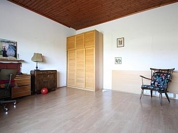 Wörthersee Grundstück Zusätzlich - Großzügiges Wohnhaus in Aussichtslage/Viktring