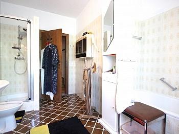 Nähe Zudem Wanne - Großzügiges Wohnhaus in Pörtschach/Wörthersee