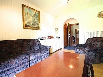 Eingangshalle Teppichböden unmittelbarer - Großzügiges Wohnhaus in Pörtschach/Wörthersee
