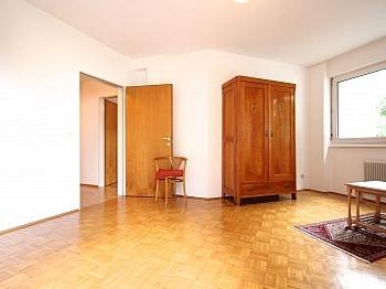 Balkon inkl Waschmaschinenaschluss - Zentrale 3-Zi-Wohnung in Feschnig/LKH Nähe
