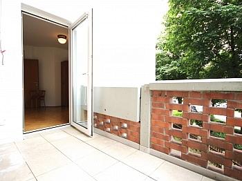 verglaste genügend absoluter - Zentrale 3-Zi-Wohnung in Feschnig/LKH Nähe