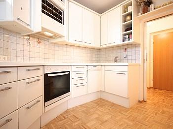 Stadtzentrum hochwertige geräumiges - Zentrale 3-Zi-Wohnung in Feschnig/LKH Nähe