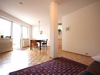 Kellerabteil integrierter Schlafzimmer - Zentrale 3-Zi-Wohnung in Feschnig/LKH Nähe