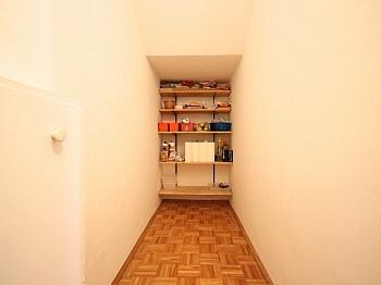Feschnig mittels Markise - Zentrale 3-Zi-Wohnung in Feschnig/LKH Nähe