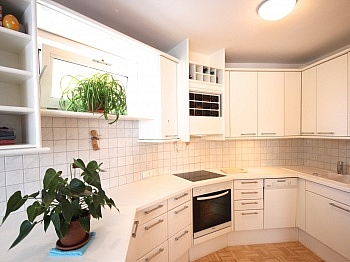 gepflegten Badezimmer Verwaltung - Zentrale 3-Zi-Wohnung in Feschnig/LKH Nähe