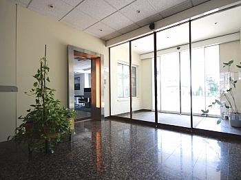 Wörthersee großzügig zusätzlich - 265 m² Büro mit 73 m² großem Lagerraum in TOP Lage