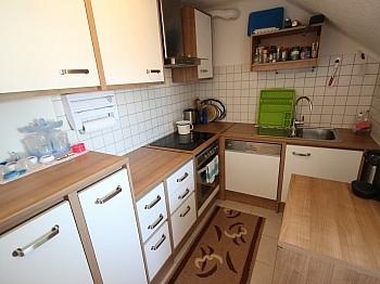 Hausverwaltung Fliesenböden Kinderzimmer - Schöne sanierte 3 Zi Wohnung - St. Peter-Strasse
