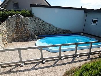Zimmer Lage Steineinfriedungen - Junger 112m² Bungalow mit Pool in Klagenfurt/Ost