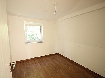 Schlafzimmer Bruttomieten Kellerabteil - Schöne 3 - Zi Wohnung in Waidmannsdorf