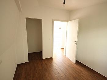 Fernwärme Wohnzimmer möblierte - Schöne 3 - Zi Wohnung in Waidmannsdorf