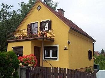 Nebengebäude erreichbar Badewanne - Waidmannsdorf - teilsaniertes Wohnhaus ca. 90m²