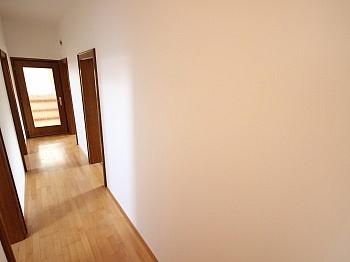 Klagenfurt Wohnzimmer Hauseigene - 2 Zi Wohnung mit Gartenanteil und Sattnitzzugang