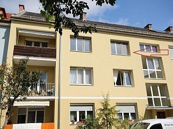 Südloggia Warmwasser Fenster - 5 Zi Stadtwohnung 117m² Nähe Messe - zum sanieren