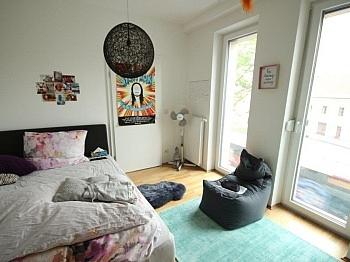 Vorraum Conrad Dusche - Moderne 2 Zi - Wohnung in der Stadt