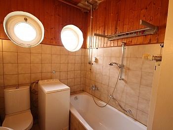 Sanierungen gepflegtes Badezimmer - Güstiges Haus nahe XXXLutz Klagenfurt ruhiger Lage
