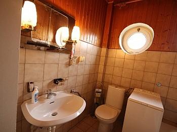 gepflegtes Wohnküche Wohnzimmer - Wohnhaus nahe XXXLutz Klagenfurt in ruhiger Lage