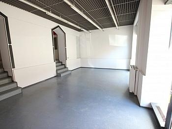 Parkplätze Abstellraum Büroräume - 90m² Geschäftslokal/Büro in der Bahnhofstrasse