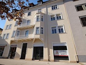 Schaufensterflächen Holzflügelfenster Geschäftsflächen - 90m² Geschäftslokal/Büro in der Bahnhofstrasse