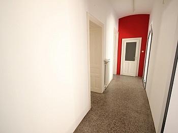 großem direkt Böden - 90m² Geschäftslokal/Büro in der Bahnhofstrasse