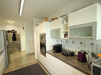 Schlafbereich Marmorböden Schlafzimmer - Schönes großes Haus mit Pool-Haus nahe Klagenfurt