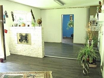 Nähe verbraucherorientierte Einkaufsmöglichkeiten - Ein-/Zweifamilien Wohnhaus Nähe Krumpendorf