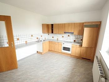 Abstellraum zuzüglich Wohnzimmer -  Schöne 3 Zimmer Wohnung Nähe Südpark