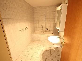 großes kleinen Vorraum -  Schöne 3 Zimmer Wohnung Nähe Südpark