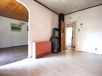 idyllischer geräumiger Grundsteuer - Ein-/Zweifamilien Wohnhaus Nähe Krumpendorf