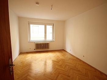 vielleicht Badewanne Mietdauer - Schöne 4,5 Zimmer Wohnung - zu Fuß in die Stadt