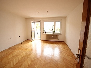 Wohnung Westbalkon Schöne - Schöne 4,5 Zimmer Wohnung - zu Fuß in die Stadt