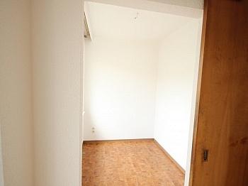gemietet befindet Heizung - Schöne 4,5 Zimmer Wohnung - zu Fuß in die Stadt