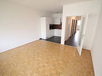 inkl Spitalberg Westloggia - Neue Top sanierte 2 Zi-Wohnung am Spitalberg