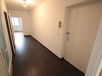 mittels Hohlweg sonnige - Neue Top sanierte 2 Zi-Wohnung am Spitalberg