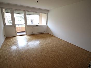 Warmwasserkosten Parkettböden Aussichtslage - Schöne sanierte 2 Zi-Wohnung am Spitalberg