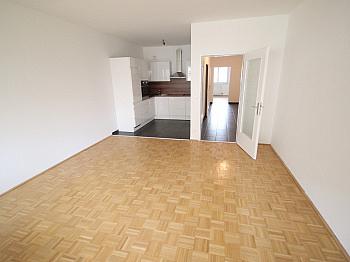 sanierte großer Wohnung - Neue Top sanierte 2 Zi-Wohnung am Spitalberg