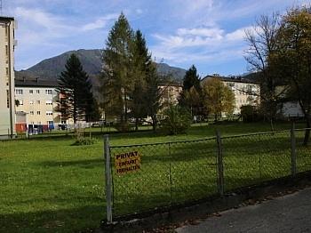 Nähe Grundstücksgrenze Bauverpflichtung -  Schöner, sonniger Baugrund  1073m² in Ferlach