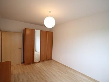 Unter Stock Lift - Komplett sanierte helle 3 Zi-Wohnung in Welzenegg
