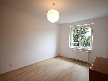 nahe Haus  - Komplett sanierte helle 3 Zi-Wohnung in Welzenegg