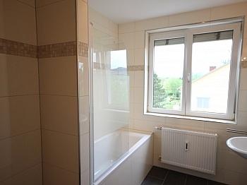 Befreiung Beziehbar Zentrale - Komplett sanierte helle 3 Zi-Wohnung in Welzenegg