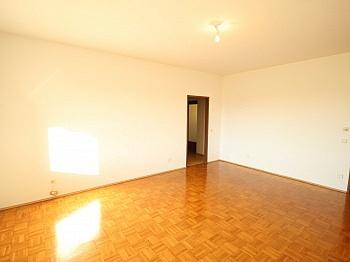 Schlafzimmer Kinderzimmer Kellerabteil - Große 4 Zimmer- Stadtwohnung nähe Südpark