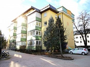 ausgerichteten Zentrumslage barrierefrei - Traumhafte 2-Zi-Wohnung in Zentrumslage