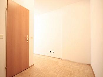 Wohn   - Traumhafte 2-Zi-Wohnung in Zentrumslage