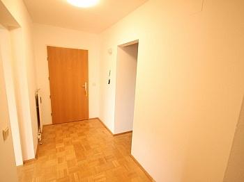 Insektenschutzgitter Elternschlafzimmer Westausrichtung - Schöne 4 Zi Wohnung 100m² in der Mozartstrasse